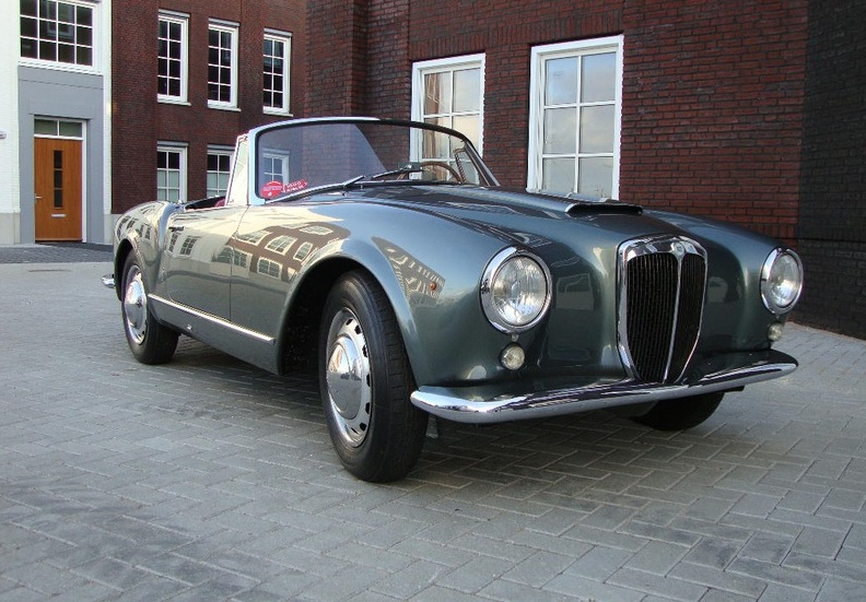 Most Elegant Classic Cars