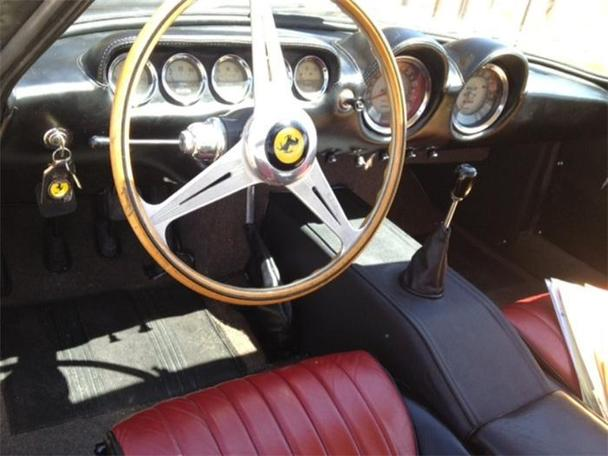 Ferrari Lusso Chasing Classic Cars